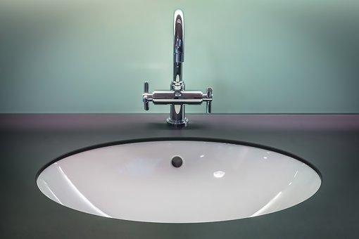 Ładne blaty do łazienek