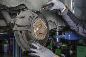 Oferta kompleksowych wyposażeń warsztatów samochodowych