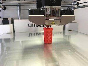 Zalety najlepszych filamentów do drukarek