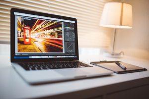 Ile kosztuje szybka naprawa laptopów?
