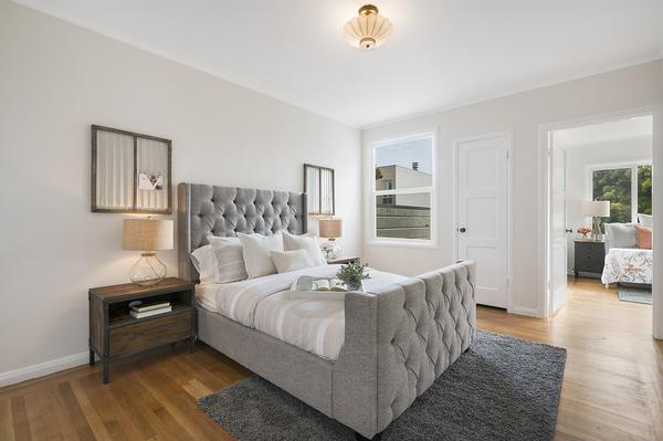 duże łóżka tapicerowane z pojemnikiem na pościel