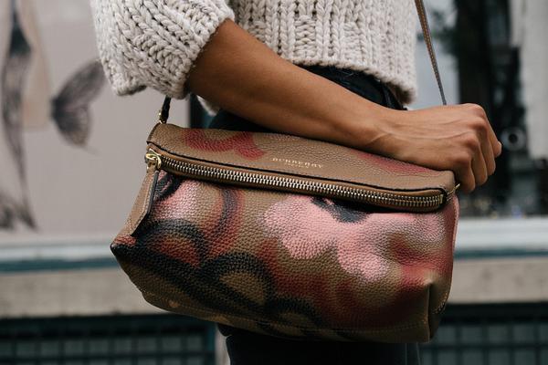 Jaką torbę na ramię warto zakupić?