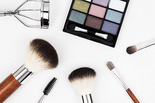 Naturalne kolorowe kosmetyki