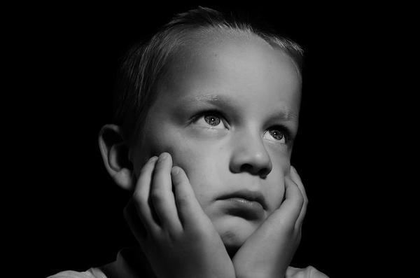 Pomoc psychologa skutecznym rozwiązaniem dziecięcych problemów