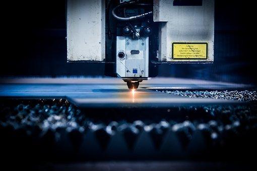 Przemysłowe systemy CNC