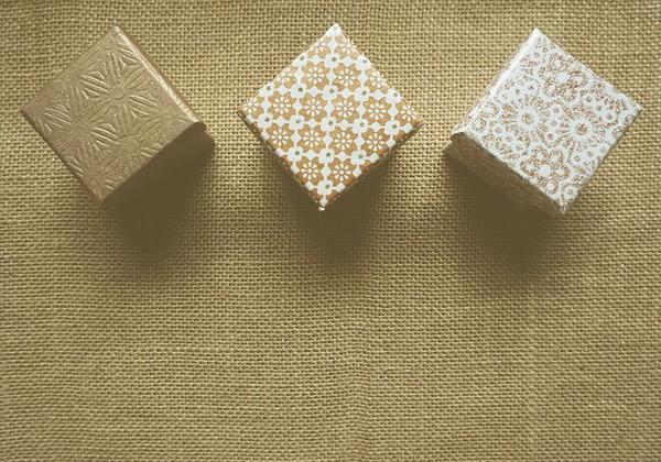 dekoracyjne pudełka kartonowe z hurtowni